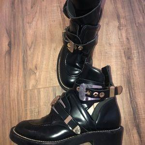 Balenciaga Shoes - Balenciaga Cut-Out boots 98e7db6ba4e9